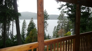 Lake Coeur d'Alene-view Multi-Level Home